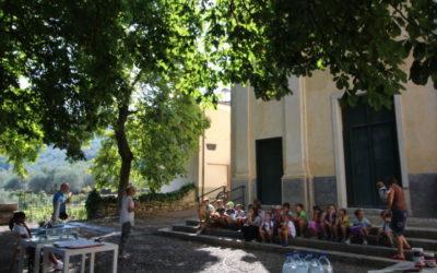 Buon anno scolastico bambini…si rinnova il rito della benedizione degli zaini per la gioventù di Villa Viani
